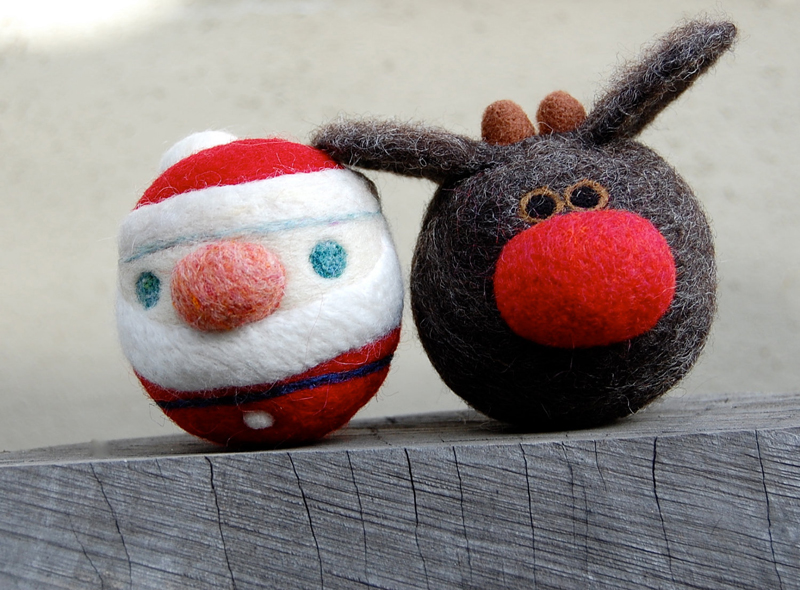 Rudolph The Reindeer and Santa WOOLY Rattle Balls asherjasper